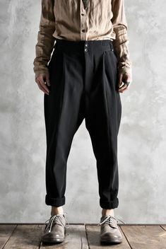 Mens Fashion For Sale Fashion D, Mens Fashion Wear, Indie Fashion, Fashion Pants, Fashion Outfits, Best Casual Wear For Men, Androgynous Fashion, Men Street, Mens Clothing Styles