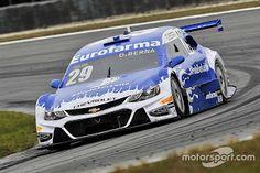 Blog Esportivo do Suíço:  Daniel Serra vence Corrida do Milhão em Curitiba e retoma liderança da Stock Car