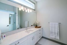 of British Columbians are planning a bathroom renovation. Start your project off on the right foot by viewing our bathroom inspiration gallery Gray And White Bathroom, White Vanity Bathroom, Bathroom Vanities, Bathroom Styling, Bathroom Storage, Popular Color Schemes, Vanity Countertop, Bathroom Goals, New Cabinet