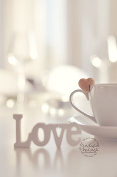 ♔ Love and tea I Love Coffee, Coffee Break, My Coffee, Morning Coffee, Love Wallpaper, Coffee Cafe, Love Heart, Heart Knot, Tea Time