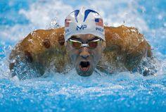 Schwimm-Legende Michael Phelps lässt es erst mal ruhig angehen. Im Vorlauf über...