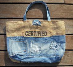 Sac Cabas XL, en toile de jute et patchwork jeans : Sacs à main par les-damotes