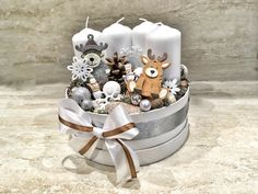 Christmas White Christmas, Christmas Wreaths, Christmas Decorations, Baby Quiet Book, Christmas Candle Holders, Little Boxes, Centerpieces, Projects To Try, Crafts