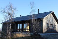 Ole Petter Wullum — LYSTHUS / RINDALSHYTTER Modern Barn House, Cabin, House Styles, Home Decor, Homemade Home Decor, Cabins, Cottage, Decoration Home, Cubicle