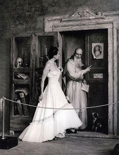 Fashion photo by Pasquale De Antonis, I Nuovi Tessili, no.37, July/Sept. 1948 | Flickr - Photo Sharing!