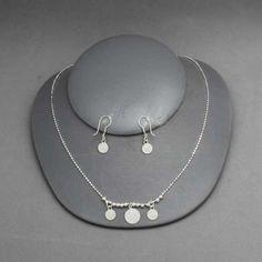 Collar y aretes de San Benito de plata.Joyería de moda, necklace in sterling silver, San Benito