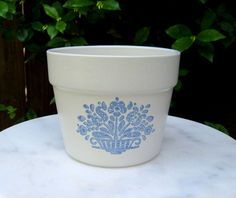 Pfaltzgraff Stoneware Flower Pot, Vintage Flower Pot, French Country Farmhouse, Home or Garden Decor.