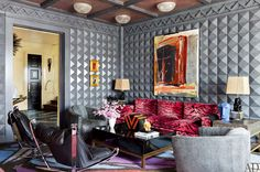 Room designed by Marilyn Brazill Kelly Wearstler Designs a Glamorous Bel Air Home : Architectural Digest Easy Halloween Ghost Home Decor Fai. Kelly Wearstler, Architectural Digest, Bel Air, Interior Design Inspiration, Room Inspiration, Moodboard Inspiration, Modern Bohemian Decor, Velvet Room, Top Interior Designers