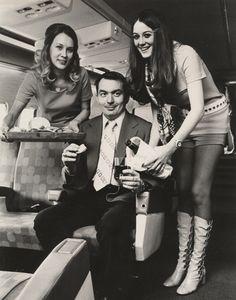 https://i.pinimg.com/236x/93/c6/f5/93c6f5d65b0fee15cf6d7056e302ca70--southwest-airlines-vintage-airline.jpg
