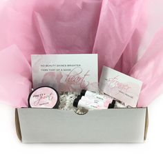 Brighten someone's day with The PrettyPout gift of positivity! #theprettypout
