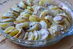 Caserolă cu cartofi și dovlecei - un fel de mâncare atât de delicios, încât merită să-l preparați chiar azi! - Bucatarul Potato Salad, Potatoes, Cheese, Ethnic Recipes, Food, Mai, Potato, Essen, Meals
