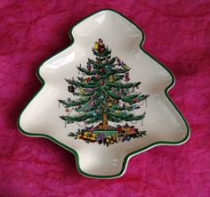 Hey, I found this really awesome Etsy listing at http://www.etsy.com/listing/169595979/vintage-spode-christmas-tree-dish