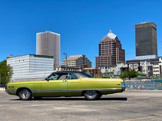 4th of July buy! 1971 New Yorker sunroof 440 | For C Bodies Only Classic Mopar Forum Chrysler New Yorker, Rare Birds, Kind Words, Cool Patterns, Mopar, Cool Cars, 4th Of July, Bodies, Classic