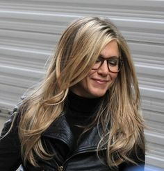"Jennifer Aniston Photos - Jennifer Aniston is seen on the set of 'Wanderlust' in the West Village. - Jennifer Aniston On Set Of ""Wanderlust"" Jennifer Aniston Style, Jenifer Aniston, Jennifer Aniston Hairstyles, Jennifer Aniston Long Hair, Jennifer Aniston Glasses, Long Layered Haircuts, Hair Color And Cut, Hair Colour, Pretty Hairstyles"