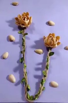 Fantastic diy flowers info are offered on our internet site. look at th s and you wont be sorry you did. Diy Home Crafts, Diy Arts And Crafts, Creative Crafts, Giant Paper Flowers, Diy Flowers, Fabric Flowers, Flower Diy, Satin Flowers, Mason Jar Crafts