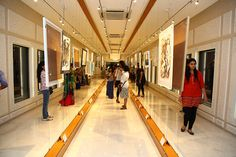 Indian art gallery Exhibitions in Bangalore, India - Explore the world of art around you by paying a visit to Sublime Galleria. Don't miss the opportunity to get the latest collection of artworks by renowned artists
