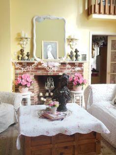 Shabby Chic living room.