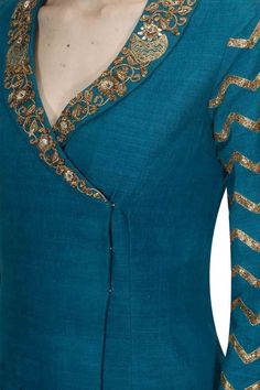 Designer Kurtis for Women in Fashion 2019 - Kurti BlouseDetailing with embroidery and buttons Churidar Neck Designs, Kurta Neck Design, Kurta Designs Women, Salwar Designs, Latest Kurti Designs, Neck Designs For Suits, Neckline Designs, Designs For Dresses, Blouse Neck Designs