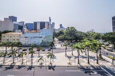https://flic.kr/p/Mfyd6A | Lapa | Caminhando pela Lapa, um dos mais charmosos bairros da cidade... O Centro da Cidade ao fundo.  Rio de Janeiro, Brasil. Tenham um belo dia! :-)  _______________________________________________  Taking a walk at Lapa, one of the most charming neighborhoods in the city... Downtown in the background.  Rio de Janeiro, Brazil. Have a beautiful day! :-)  _______________________________________________  Buy my photos at / Compre minhas fotos na Getty Images  To…