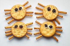 Halloween Spider Cracker Snacks Pretzels