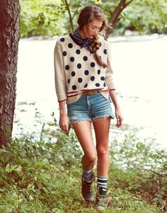 polka dots and boots makes a girl look so purrty!
