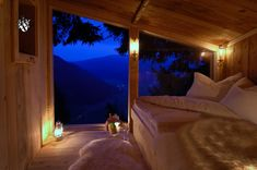 Beautiful treetop house to you spend the night after your intimate wedding in the Austrian Alps. Village Hotel, Valentine Tree, Ski Chalet, Chalet Style, Wooden Cabins, Romantic Places, Cozy Place, Romantic Getaway, The Great Outdoors