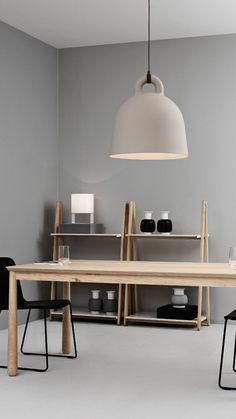 Decoración minimalista con muebles, lámparas y accesorios de la marca Normann Copenhagen  #diseño #decoración #decoraciondeinteriores #nordika #nordikadesign #muebles #mueblesdeinterior #lamparas #accesorios #normanncopenhagen