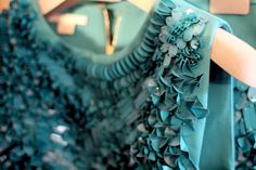 turquoise is my daughter's fave and I love it too.this design is cool too, n'est pas? Vishuddha Chakra, Reason To Breathe, Turquoise Cottage, Mode Lookbook, Shades Of Teal, Lesage, Tiffany Blue, My Favorite Color, Fashion Details