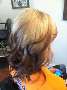 reverse ombre. I like this, maybe with a light brown to my natural dark brown.