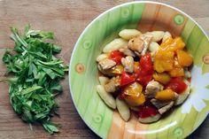 Delikatny sos paprykowy z szynką