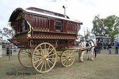 A ledge caravan. Gypsy Caravan, Gypsy Wagon, Bohemian Gypsy, Gypsy Style, Sims, Horse Drawn Wagon, Playhouse Outdoor, Medieval Life, Gypsy Life