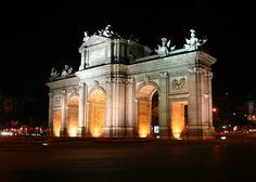 Puerta de Alcalá, Madrid (Spain)