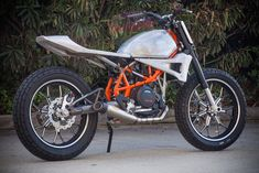 Roland Sands takes a KTM 690 and turns it into a dirt-track-inspired custom. We love it.