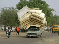 Only in The Africa :). You must see This Funny Pictures of Funny African People direct from The Africa… Peugeot, Trains, African Countries, World's Biggest, People Of The World, East Africa, Transportation, Cool Photos, Funny Pictures