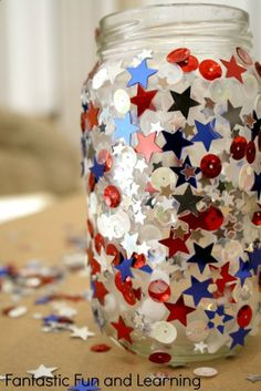 4th of July Craft for Kids...easy jar candle for outdoor decoration or kids night light.