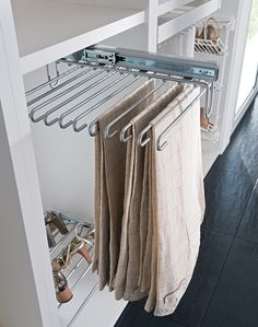 Pants organizer - Tap the link to shop on our official online store! You can also join our affiliate and/or rewards programs for FREE!