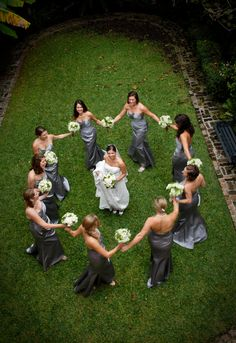 """""""I think it would look even better if the bride and groom were kissing with the bridesmaids and the men around them"""" photo idea Fantasy Wedding, Dream Wedding, Wedding Day, Wedding Stuff, Bridesmaids And Groomsmen, Wedding Bridesmaids, Wedding Poses, Wedding Photoshoot, Sorority Wedding"""