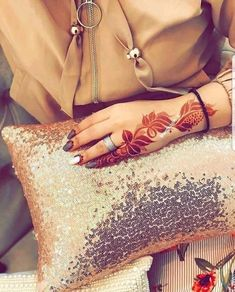 Fifi Finger Henna Designs, Arabic Henna Designs, Mehndi Designs For Fingers, Best Mehndi Designs, Simple Mehndi Designs, Henna Tattoo Designs, Mehandi Designs, Khafif Designs, Henna Tattoos