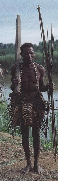Ethnographic Arms & Armour - Period Photos of People with Ethnographic ArmsMiddle Yuat river PNG 1981.