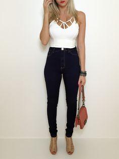 Calça skinny hot pants - escura. Instagram: @Débora_ceron