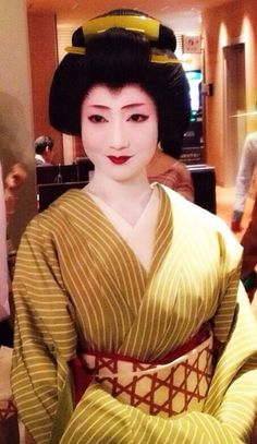 Suzume-san of Shinbashi, Tokyo. She trained as a Maiko in Kyoto and then quit. She moved to Tokyo and reprised her work as a Geisha. She is very popular right now!