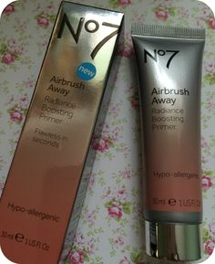 No7 Airbrush Away Radiance Boosting Primer Review #no7 #primer #no7airbrushaway