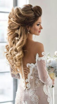 Everything You Need To Know About Your Gorgeous Wedding Makeup Short Wedding Hair, Wedding Hair And Makeup, Trendy Wedding, Classic Wedding Hair, Wedding Kiss, Wedding Hair Down, Wedding Night, Luxury Wedding, Rustic Wedding