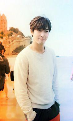 My lovely boy Cnblue Yonghwa, Big Bang Top, Cn Blue, Jung Yong Hwa, Lee Jong Suk, Your Voice, G Dragon, Korean Actors, My Boys
