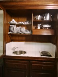 Angolo cottura con tutto l'occorrente! Everything you need in our lovely wooden kitchenette! http://www.booking.com/hotel/it/montecorneo-country-house.html