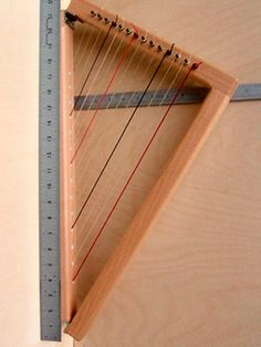 practice harp.. omgee collapsible harp!  why didn't someone think of this a long time ago???  yay