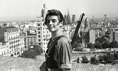 Marina Ginesta , a member of the Catalan (JSU) Communist Youth