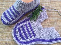 Ich habe sie an einem Abend gestrickt – Вязание… – Stricken Knit Slippers Free Pattern, Crochet Baby Dress Pattern, Knitted Slippers, Crochet Slippers, Baby Knitting Patterns, Knit Crochet, Crochet Patterns, Knitting Wool, Easy Knitting
