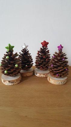 Tannenzapfen als Weihnachtsbäumchen - #als #Tannenzapfen #Weihnachtsbäumchen