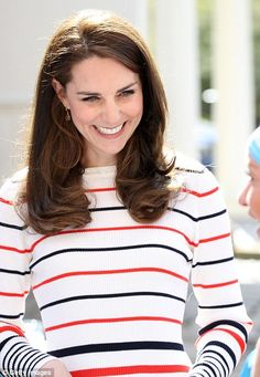 Kate hosts a reception for Heads Together Marathon runners   Daily Mail Online